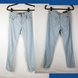 Joe's Jean's Stretch light blue slim Size 25